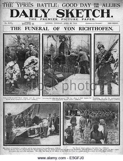 1918-daily-sketch-titelseite-berichterstattung-die-beerdigung-von-manfred-von-richthofen-e5gfj0