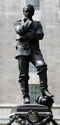 gordon2_statue