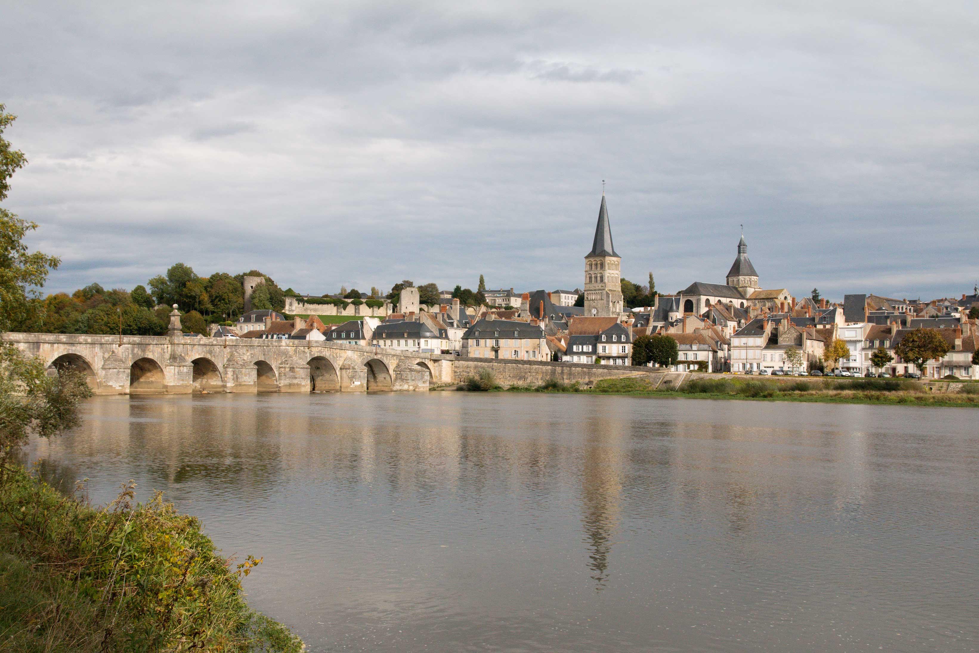 Au-Bord-de-l'Eau-La-Charité-sur-Loire