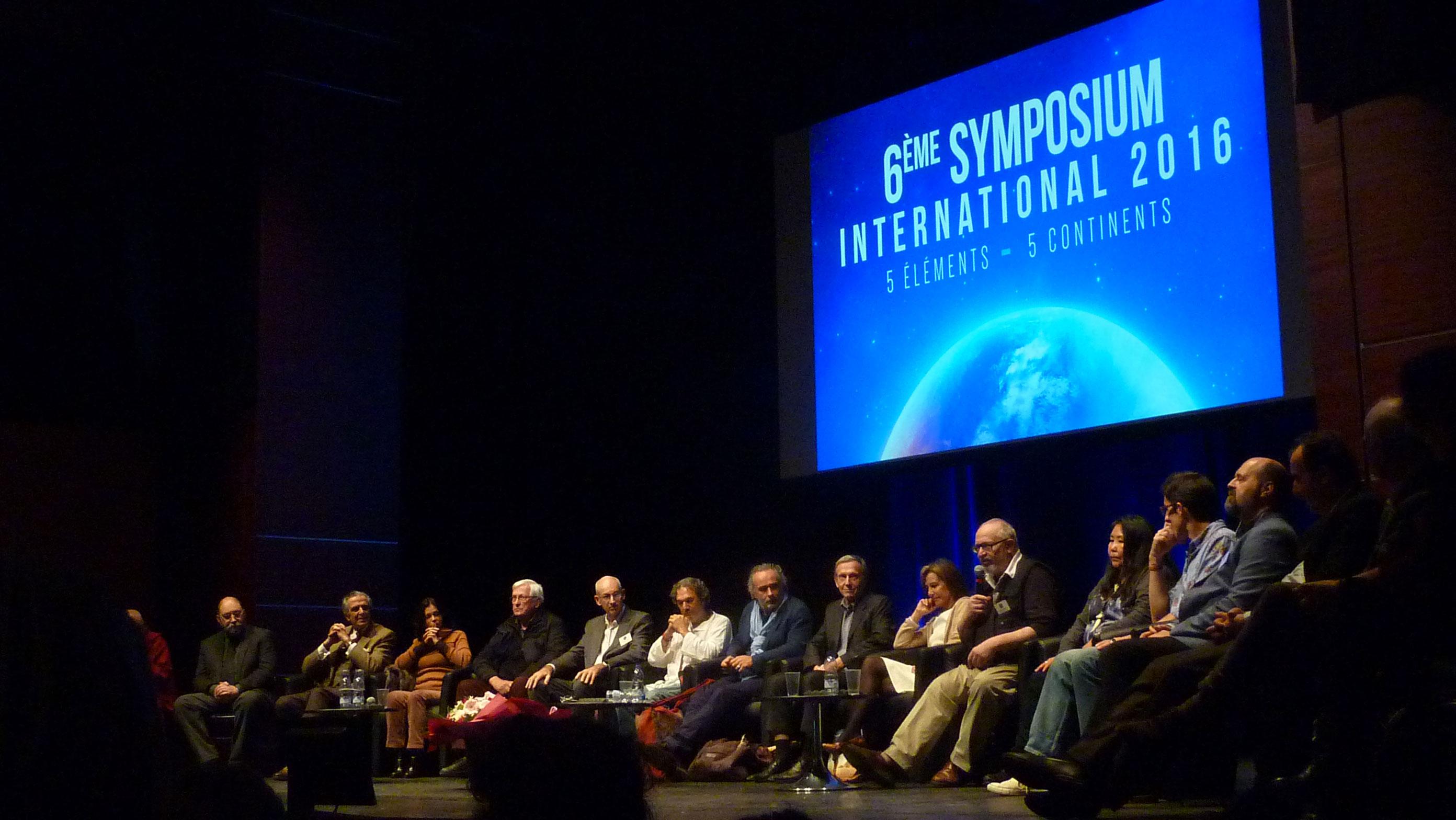 p1300337-symposiumbd